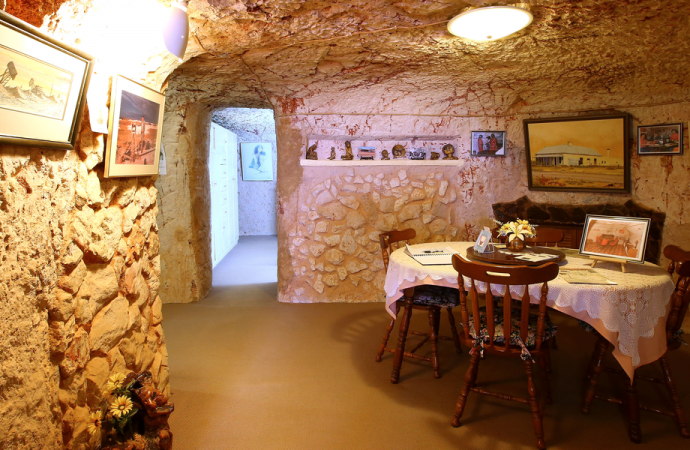 Inside the Australian mining town where 80% of people live underground