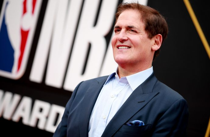 Mark Cuban: If I had to start a side hustle now to make extra money, this is what I'd do