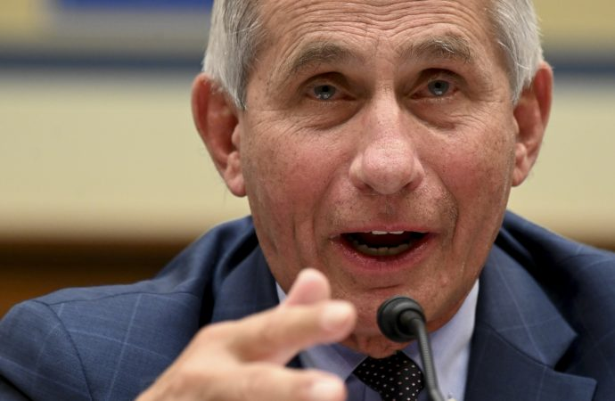 """White House praises Trump for """"ending"""" COVID pandemic, Fauci says finish """"not even close"""""""